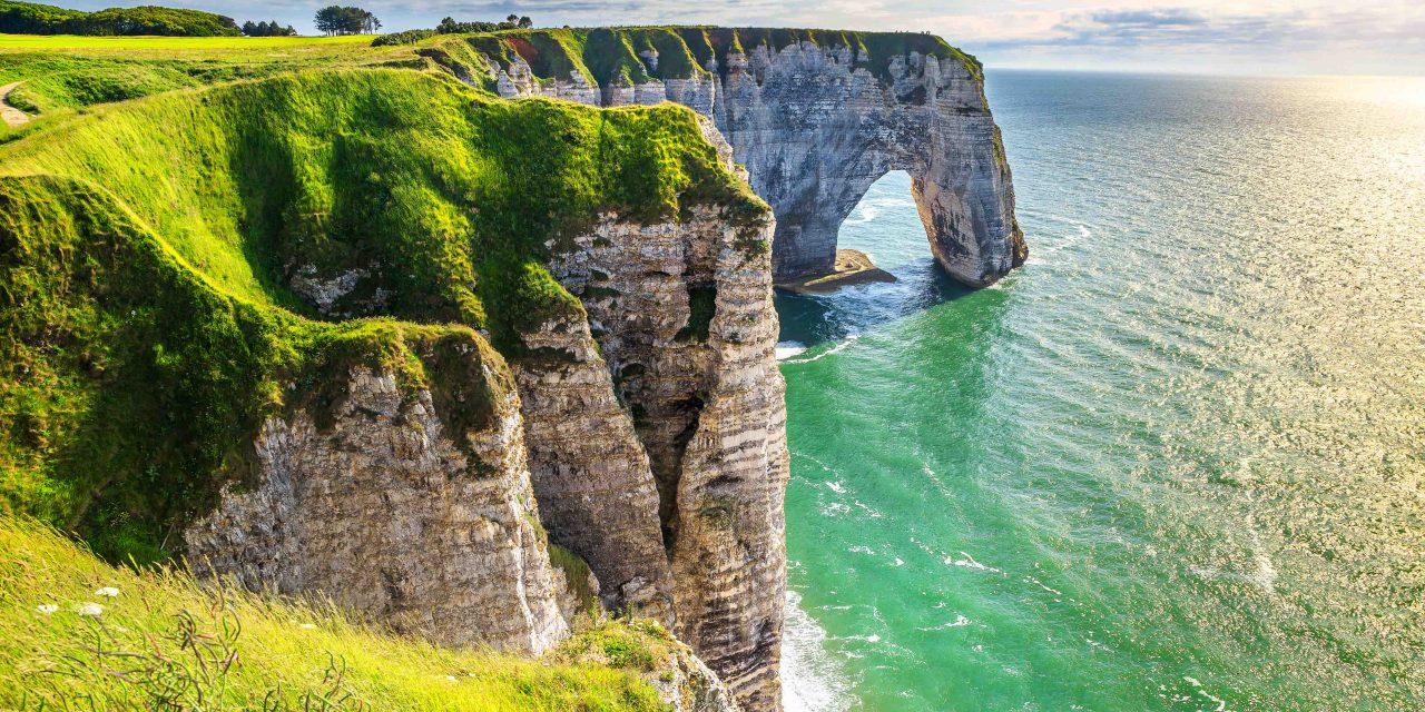 https://bsl.com.mt/wp-content/uploads/2019/03/shutterstock_552162208-Natural-cliffs-Aval-of-Etretat-1280x640.jpg