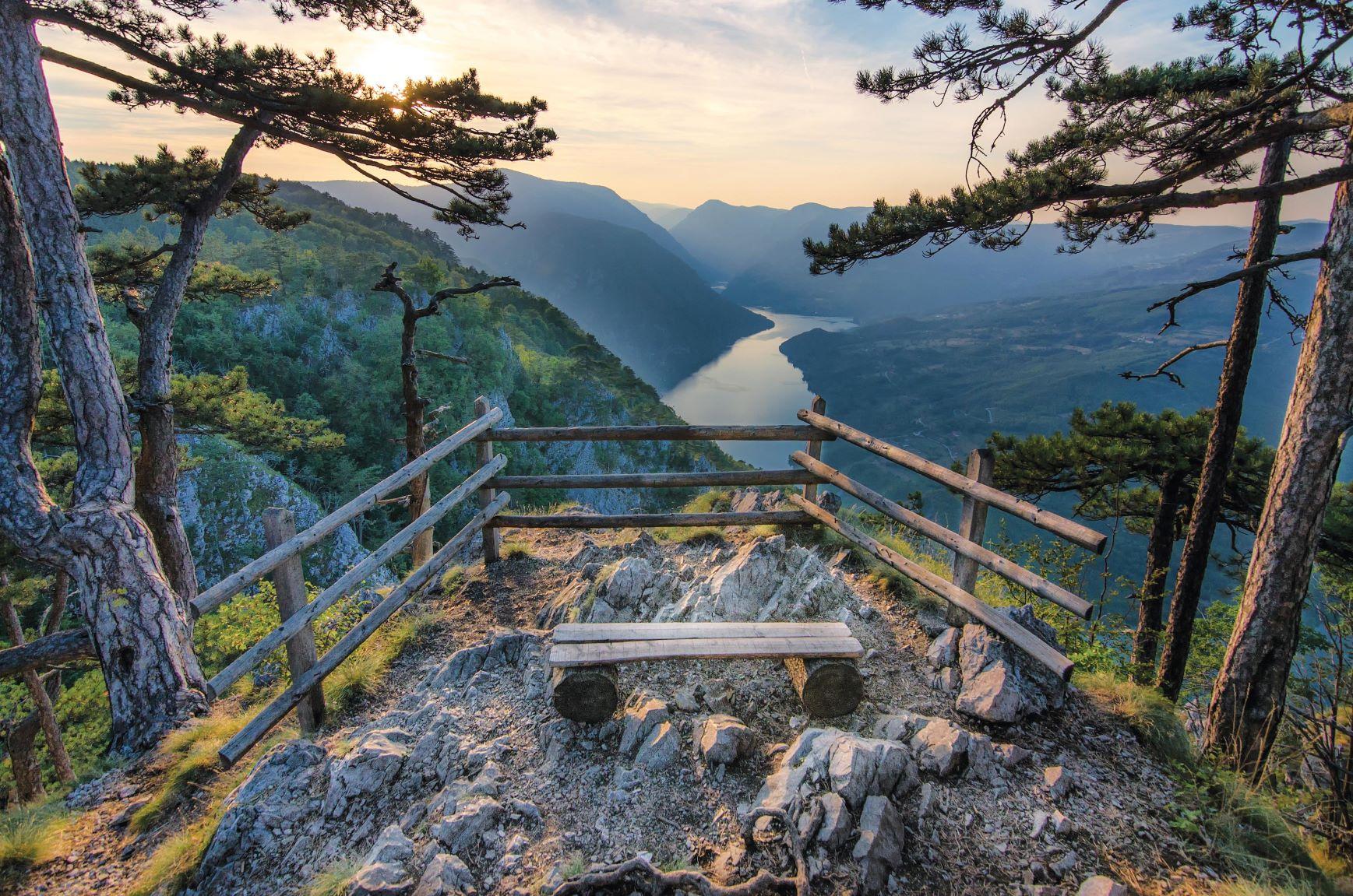https://bsl.com.mt/wp-content/uploads/2021/04/serbian-lakes.jpg